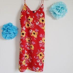 H&M Divided   Red Floral Dress - Size 4 - NWOT